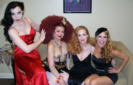 From left to right: Evie Lovelle, Kitten on the Keys, Catherine D'lish and Trixie Little ( ©Trixie Little)