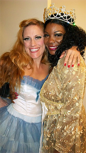 Trixie Little and Perle Noir ( ©Trixie Little)